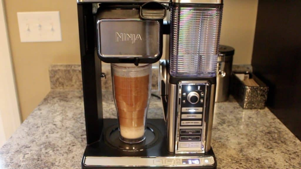 ninja coffee maker with grinder