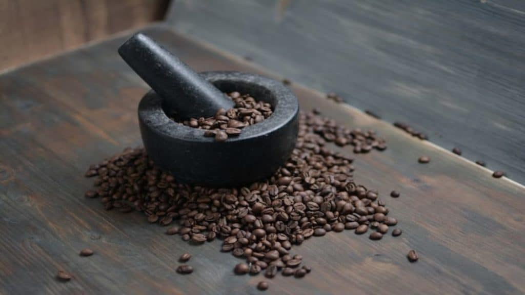 Grind coffee without a grinder